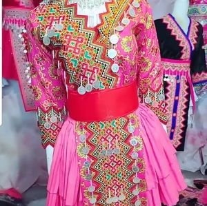 hmong outfits size 40